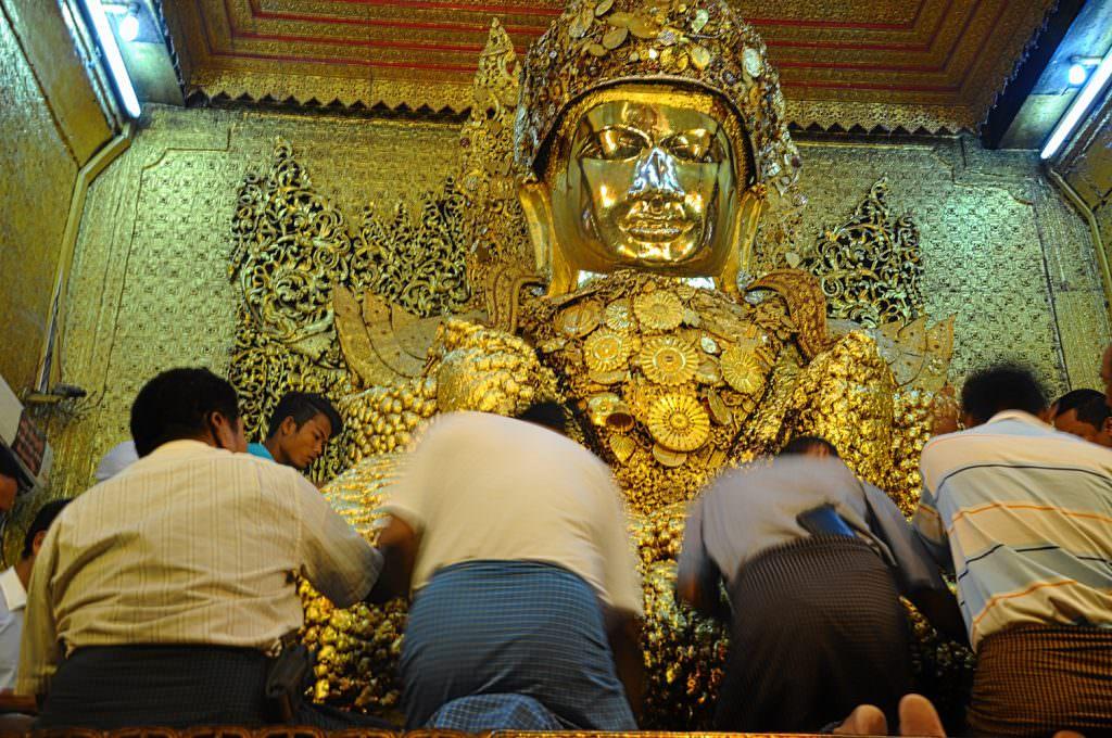 Mahar muni pagoda